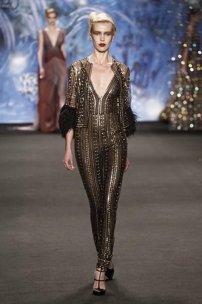 Самые роскошные вечерние платья Недели моды в Нью-Йорке | галерея [3] фото [15]