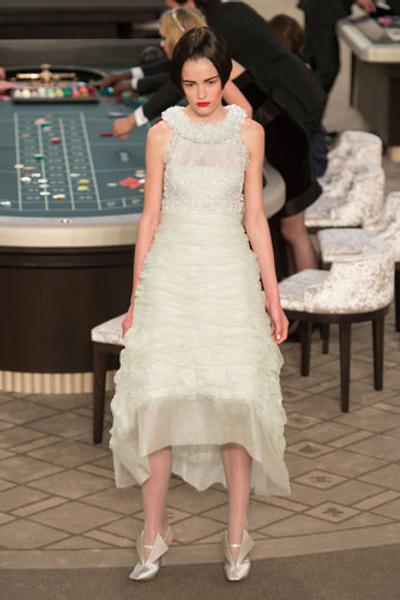 10 самых красивых свадебных платьев с Недели Высокой моды в Париже. | галерея [1] фото [11]