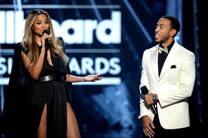 Сиара и Ludacris на сцене T-Mobile Arena
