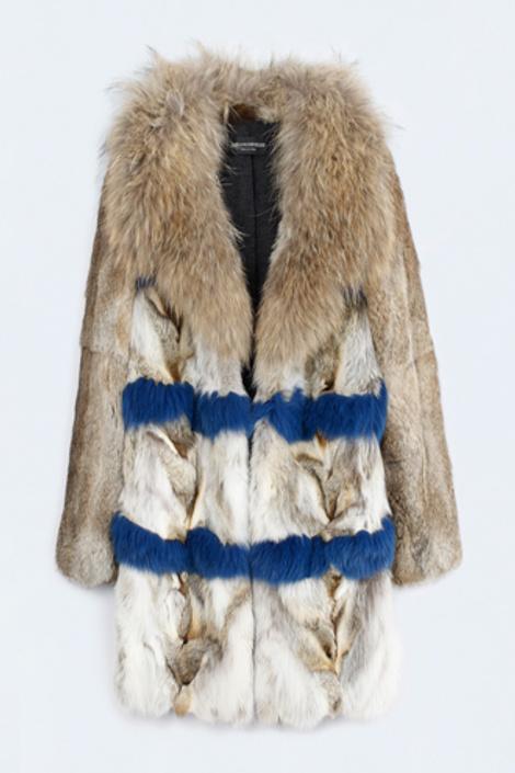 Пальто с яркими узорами