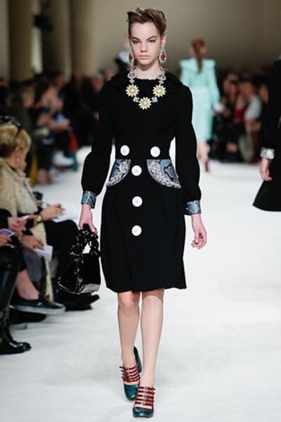 Неделя моды в Париже: показ Miu Miu pret-a-porter осень-зима 2015/16 | галерея [1] фото [2]