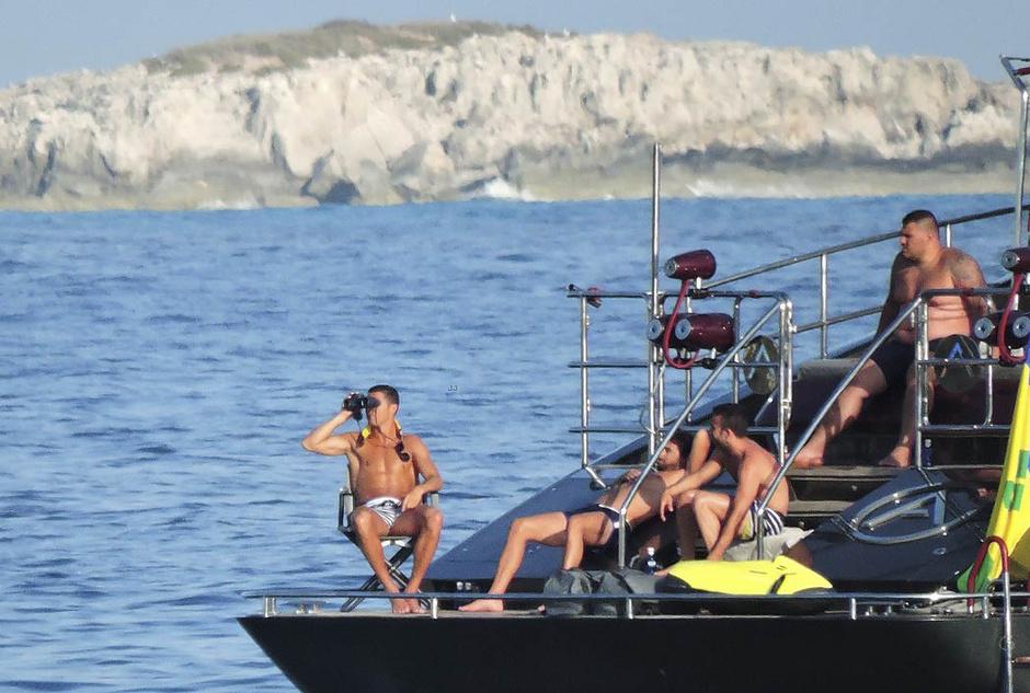 Криштиану Роналду на яхте
