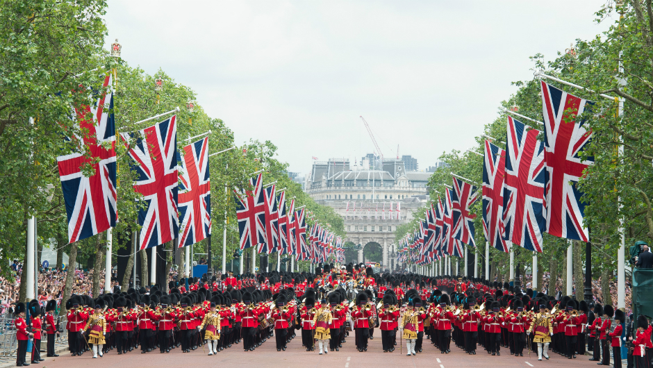 Парад в честь юбилея Елизаветы II
