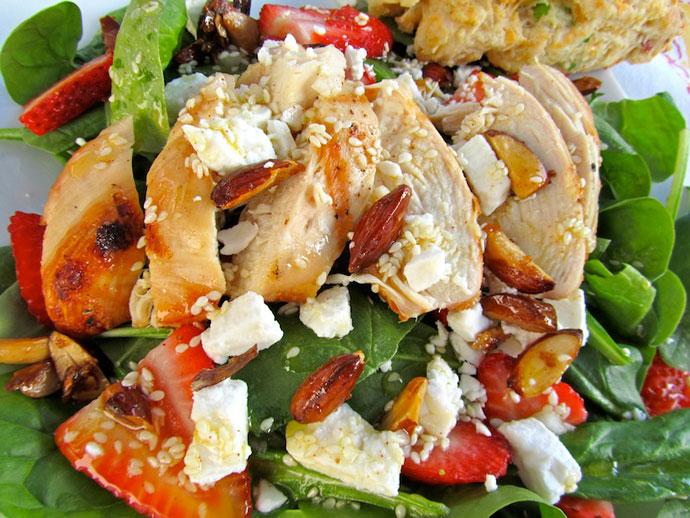 салат цезарь рецепт с фото с рукколой