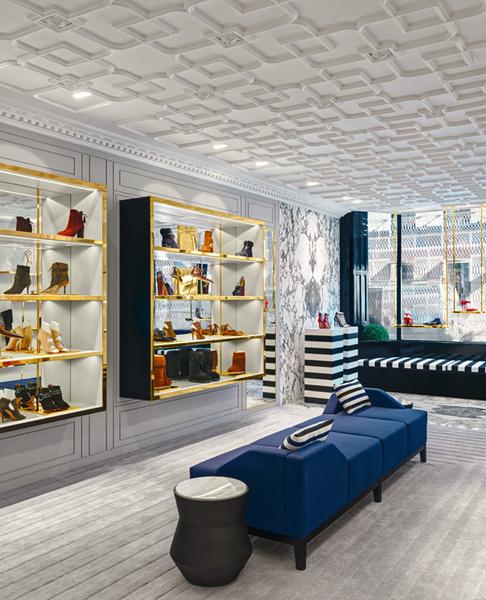 В Лондоне открылся первый флагманский магазин Aquazzura | галерея [1] фото [4]