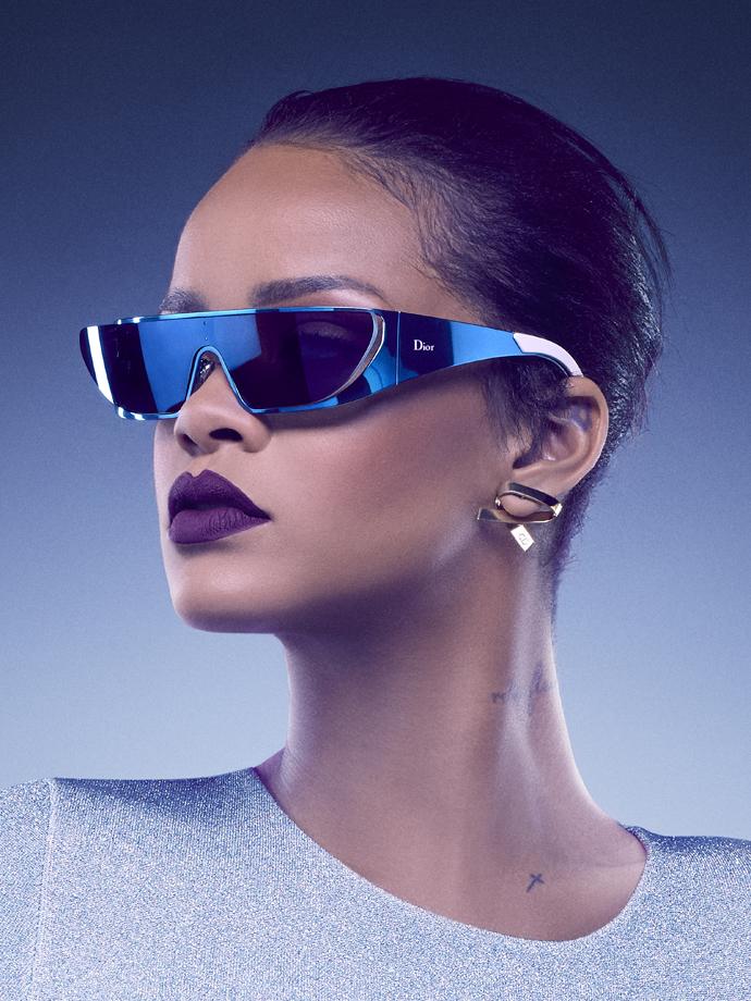 Рианна выпустила коллекцию очков совместно с Dior