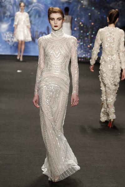 Самые роскошные вечерние платья Недели моды в Нью-Йорке | галерея [3] фото [4]