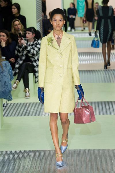 Показ Prada на Неделе моды в Милане | галерея [1] фото [13]