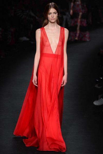 Неделя моды в Париже: показ Valentino ready-to-wear осень — зима 2015-2016 | галерея [1] фото [7]