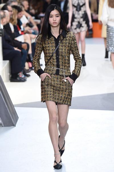 Неделя моды в Париже: показ Louis Vuitton ready-to-wear осень-зима 2015/16 | галерея [1] фото [10]