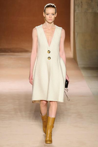 Показ Victoria Beckham на Неделе моды в Нью-Йорке | галерея [1] фото [16]