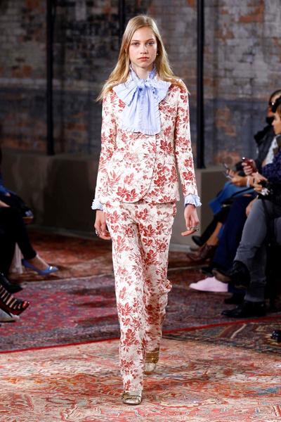 Дом Gucci представил новую круизную коллекцию 2016 | галерея [2] фото [33]