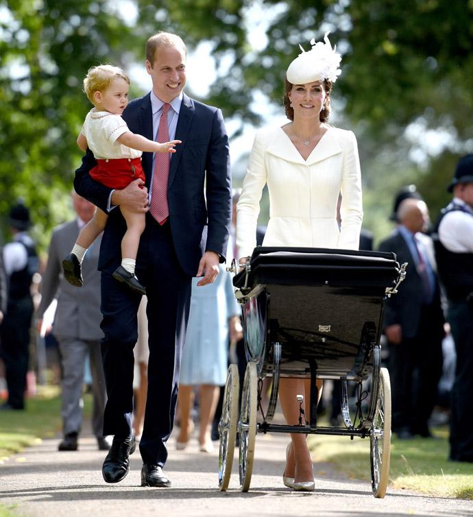 Принц Уильям и Кейт Миддлтон c принцем Георгом