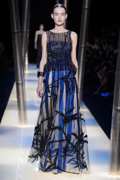 На Неделе высокой моды в Париже прошел юбилейный показ Giorgio Armani Prive | галерея [2] фото [10]