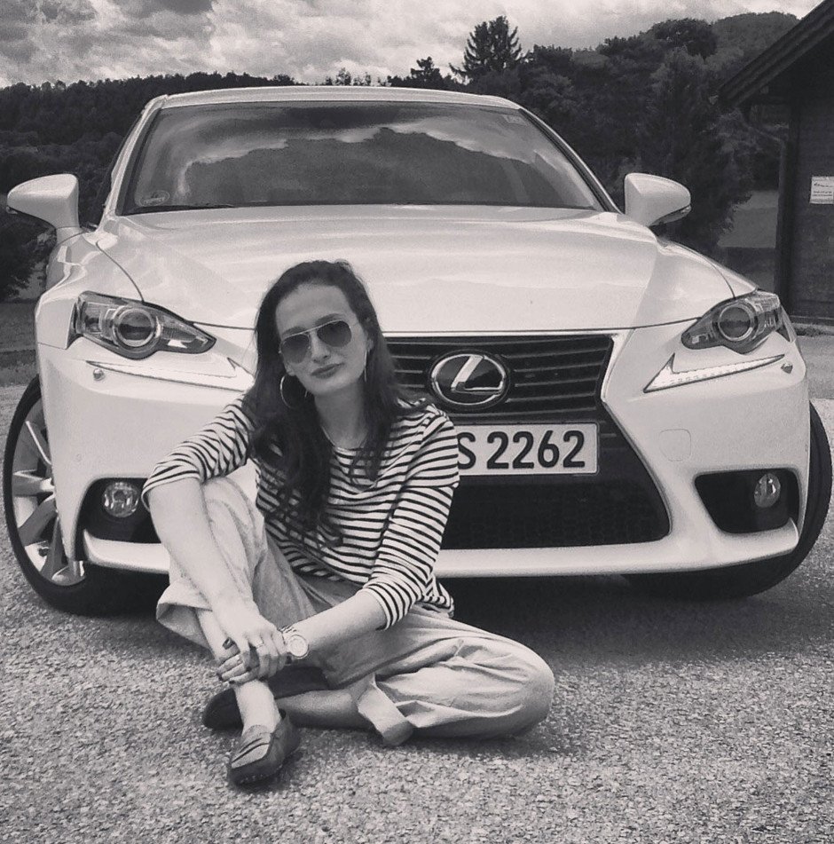 Тест-драйв: Lexus IS 300h