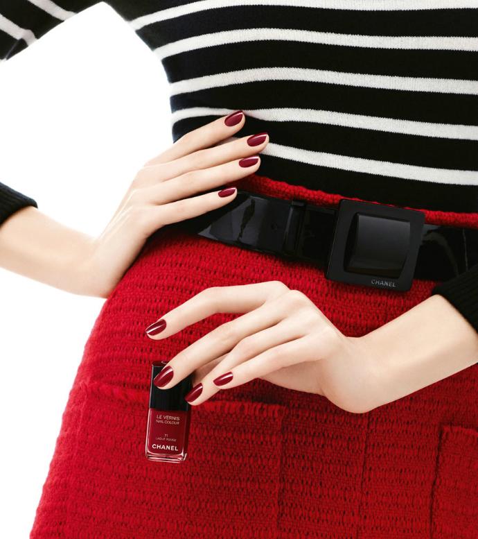 Лак для ногтей Laque Rouge от Chanel