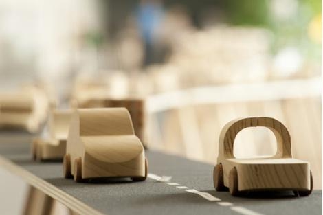 Знаменитые деревянные машинки TobeUs в Москве | галерея [1] фото [3]