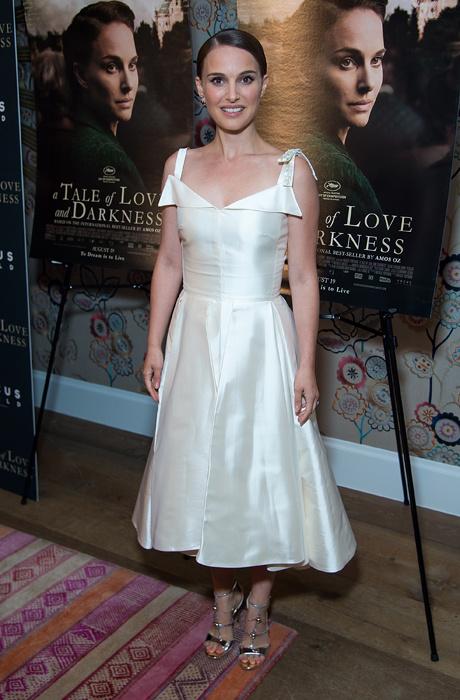 Образ дня: Натали Портман в Dior