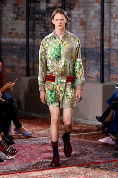 Дом Gucci представил новую круизную коллекцию 2016 | галерея [2] фото [17]
