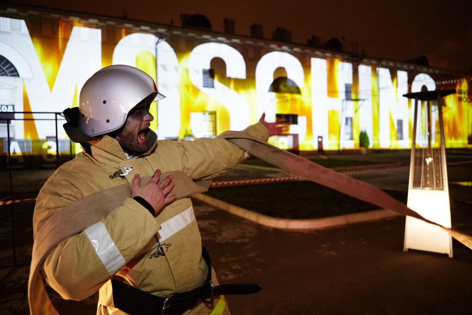 В Москве прошел показ Moschino
