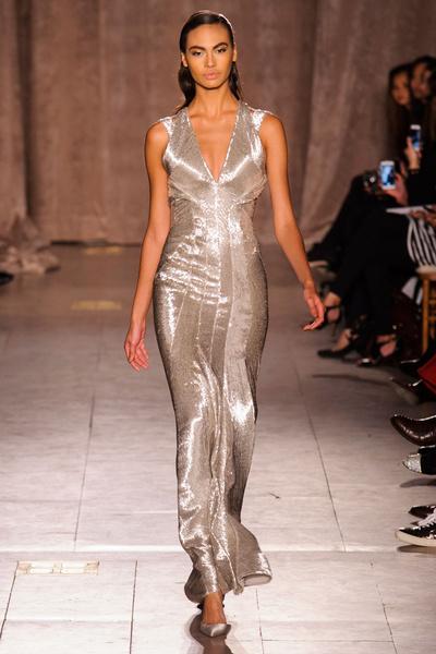 Black tie: показы Carolina Herrera, Reem Acra и Zac Posen на Неделе моды в Нью-Йорке | галерея [1] фото [4]