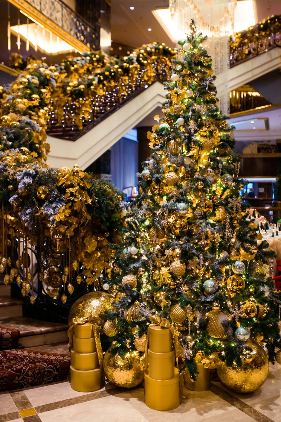 Новогодняя елка в Lotte Hotel Moscow