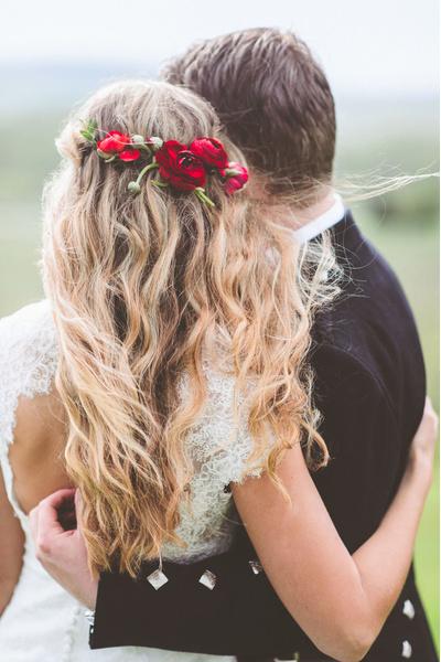 Как украсить цветами свадебную прическу? | галерея [2] фото [4]