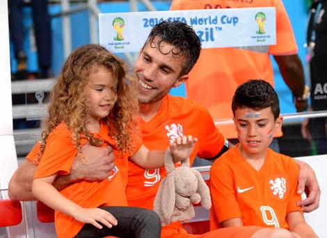 Робин ван Перси с дочерью Дианой Лайлой и сыном Шакилом