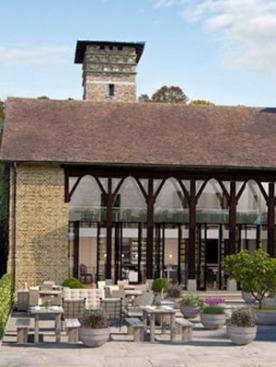 Первый в Европе эко-отель Coworth Park