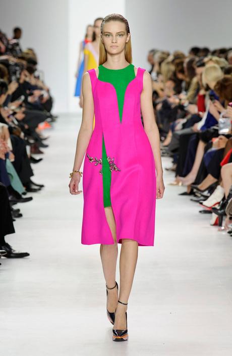 ПоПоказ Christian Dior на Неделе моды в Парижеказ Christian Dior на Неделе моды в Париже