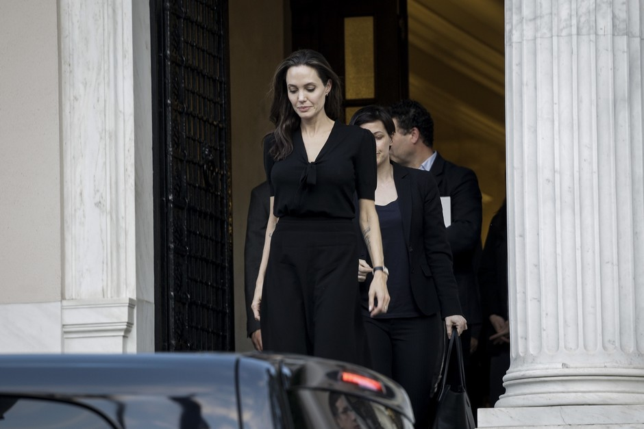 Анджелина Джоли готова пожертвовать браком ради карьеры