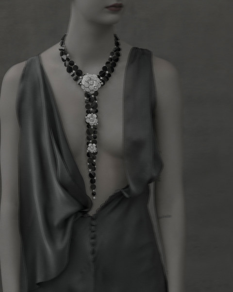 Колье Tuxedo, белое золото, бриллианты, оникс, Chanel Fine Jewelry