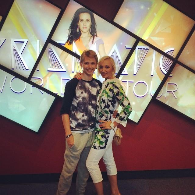 Дени Байсаров с мамой