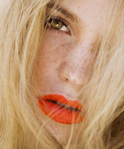 Сигнальный жилет тренды макияжа маникюра 2014