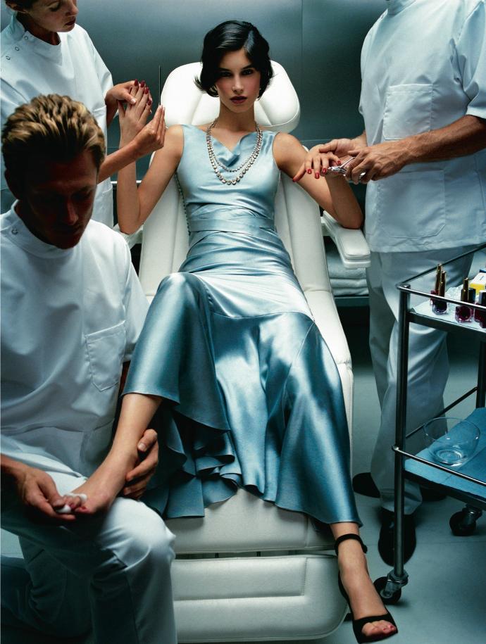 Секреты красоты: Как знаменитости готовятся к светским мероприятиям