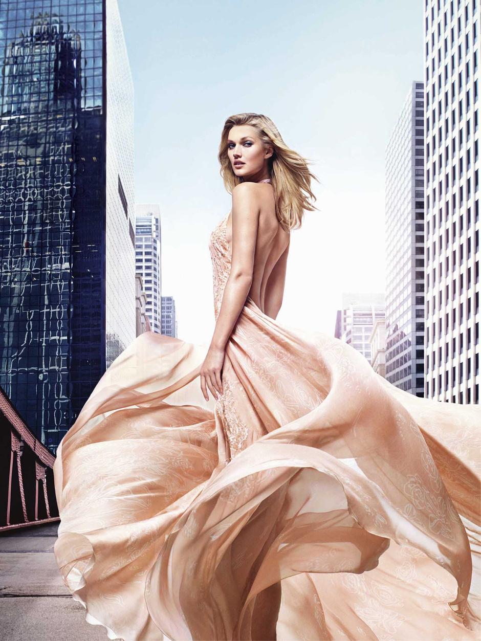Elie Saab представил весенний аромат Rose Couture