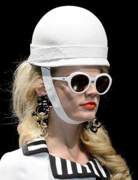 В интернет-бутике ELLE Shopping эксклюзивно представлены солнцезащитные очки Salvatore Ferragamo и Missoni