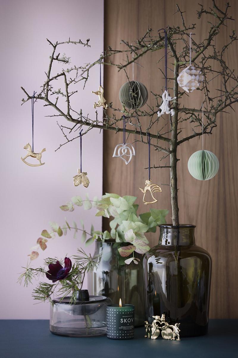 Стеклянные вазы и декор от компании Rosendahl, www.rosendahl.com