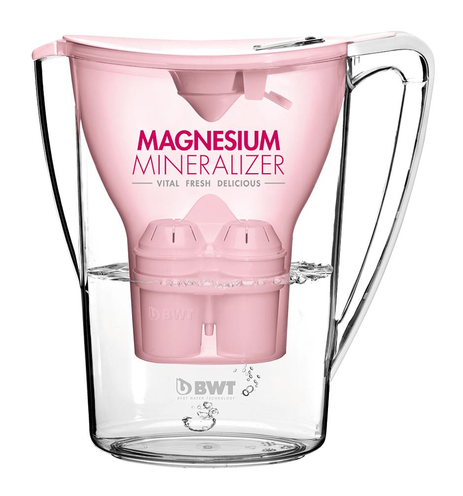 Фильтр-кувшин BWT Magnesium Mineralizer является уникальным продуктом, который обеспечивает постоянное обогащение питьевой воды магнием во время фильтрации