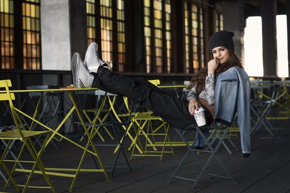 Селена Гомес в рекламе Adidas Neo