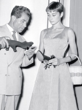 Сальваторе Феррагамо  с Одри Хепберн