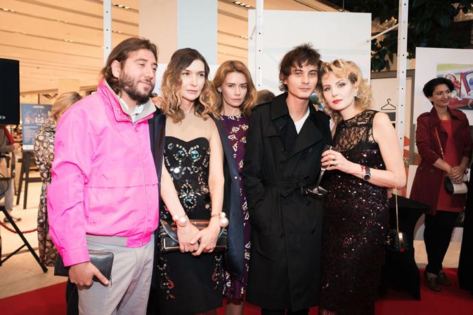 Рената Литвинова представила арт-фильм «Однажды в парке» для L'Oreal Paris
