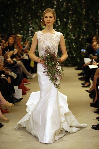 Показ Carolina Herrera на Неделе свадебной моды в Нью-Йорке | галерея [1] фото [19]
