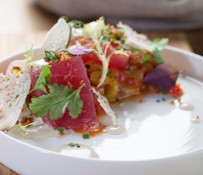 Маринованный тунец с печеным перцем от шеф-повара кафе «Рулет» Тимура Абузярова