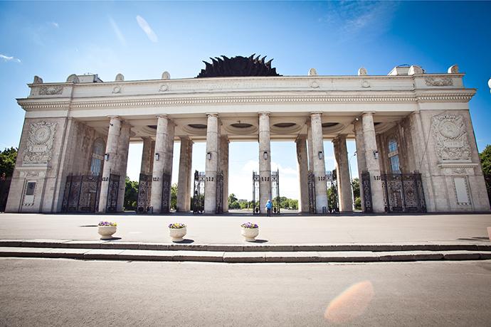 В мае открывается главных вход в Парк Горького