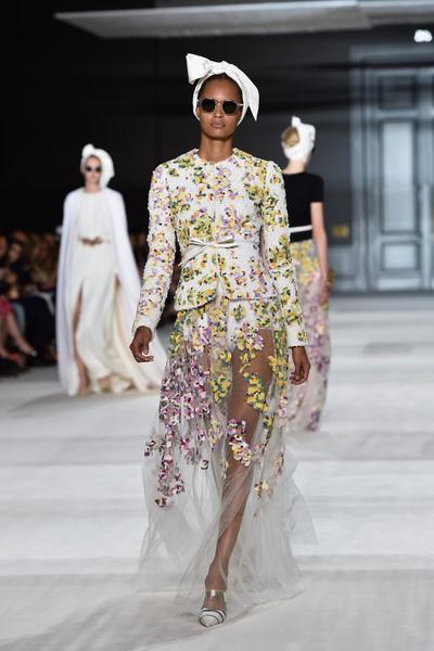 Giambattista Valli на Неделе Высокой моды в Париже