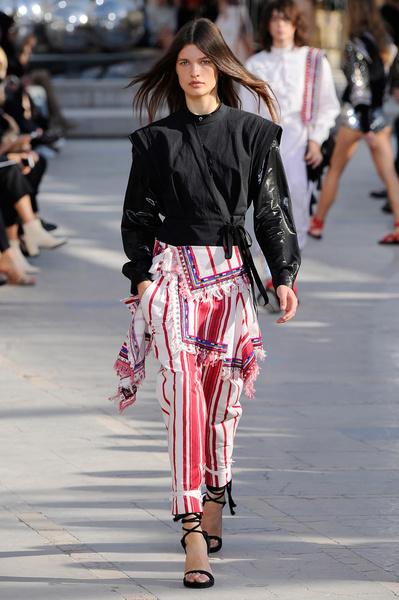 Неделя моды в Париже: день четвертый | галерея [2] фото [10]