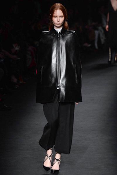 Неделя моды в Париже: показ Valentino ready-to-wear осень — зима 2015-2016 | галерея [1] фото [41]
