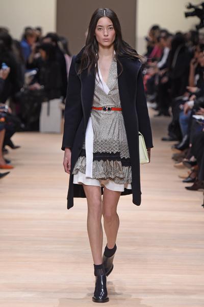Неделя моды в Париже: 5 марта | галерея [2] фото [1]