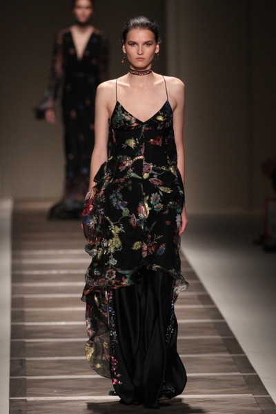 50 лучших платьев Недели моды в Милане | галерея [1] фото [41]